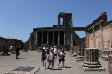 The old temple in Pompeii